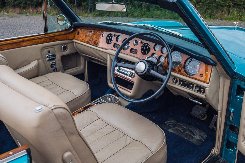 1972 Bentley Corniche interior