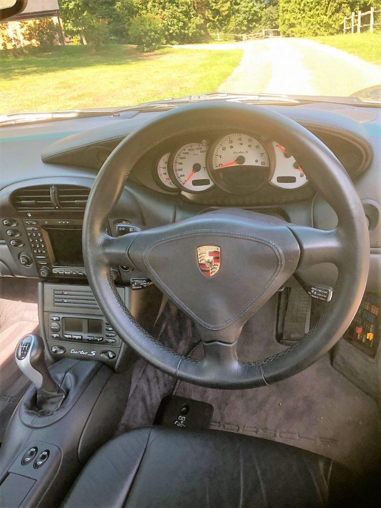 2005 Porsche 911 Turbo S interior