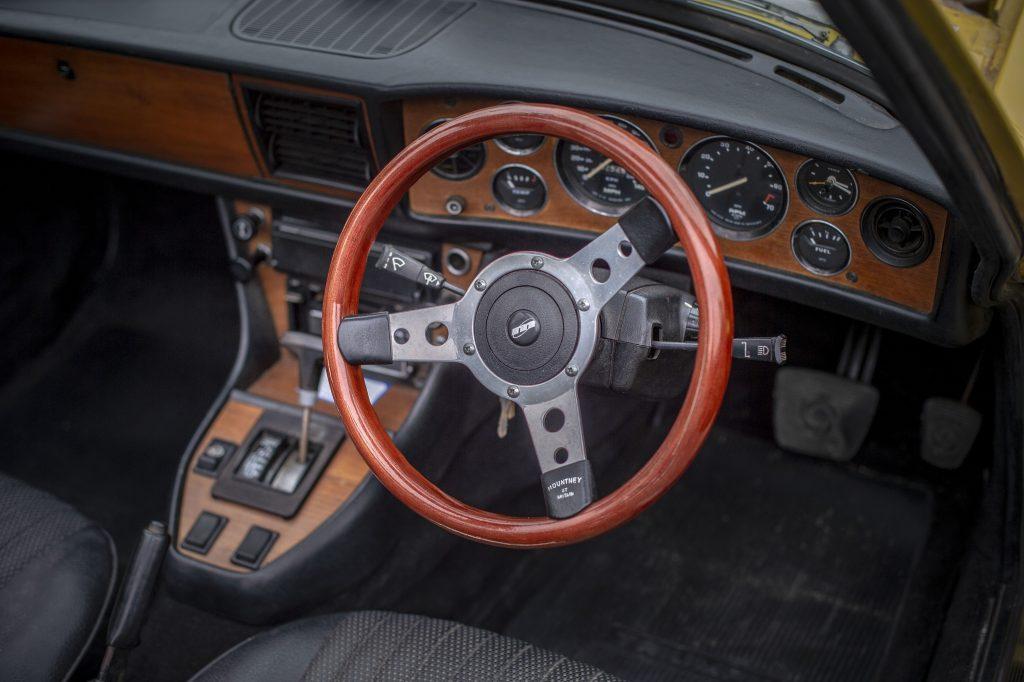 Triumph Stag interior