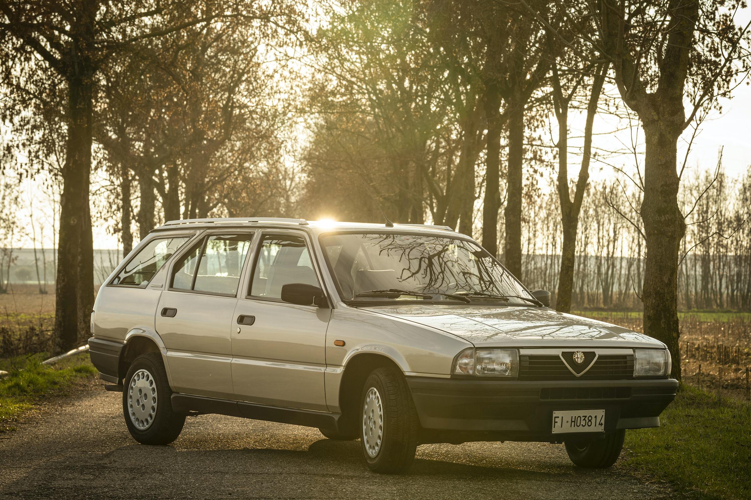 This Alfa 33 Sportwagon invites an alpine road trip