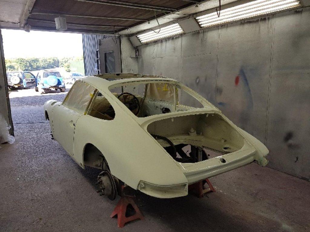 Our Classics: 1967 Porsche 912 in the paintshop