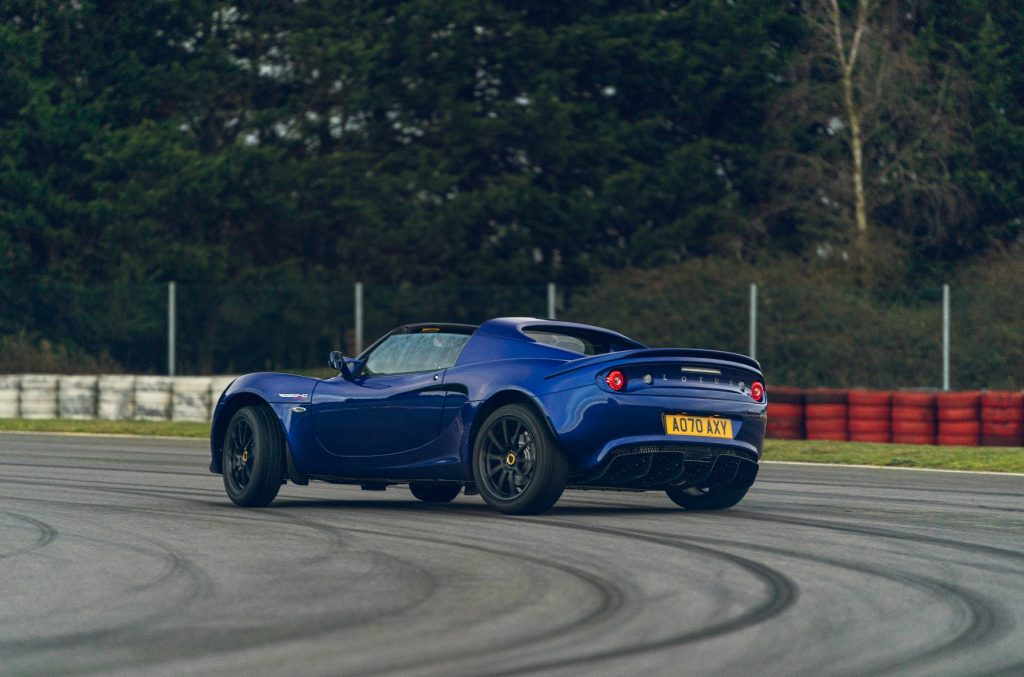 Review of the Lotus Elise Sport 240 Final Edition