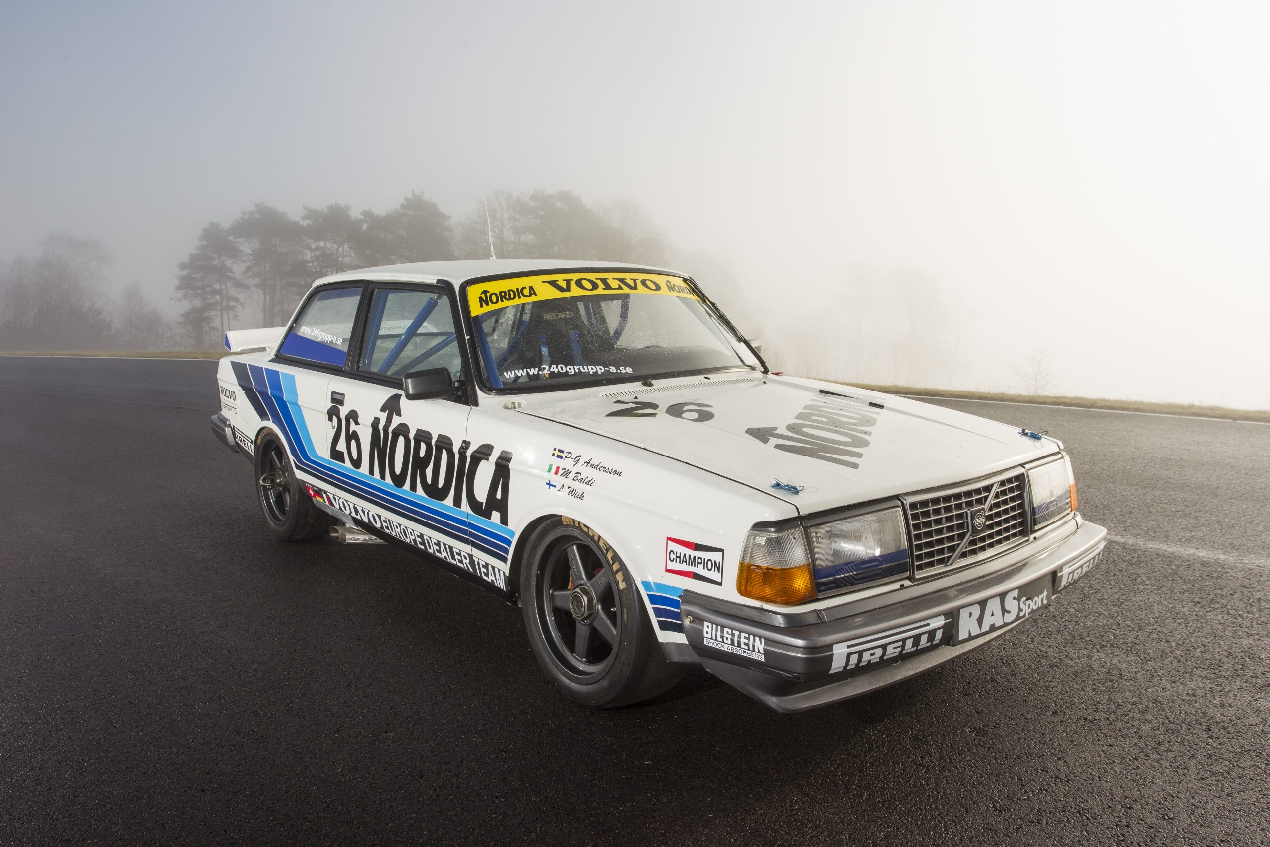 Volvo 240 'Flying Brick' replicas to storm the track