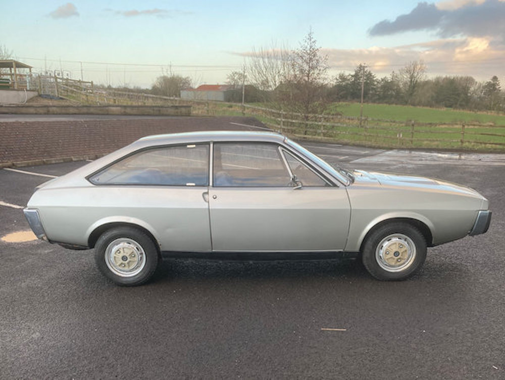 Unexceptional Classifieds: Renault 15 GTL