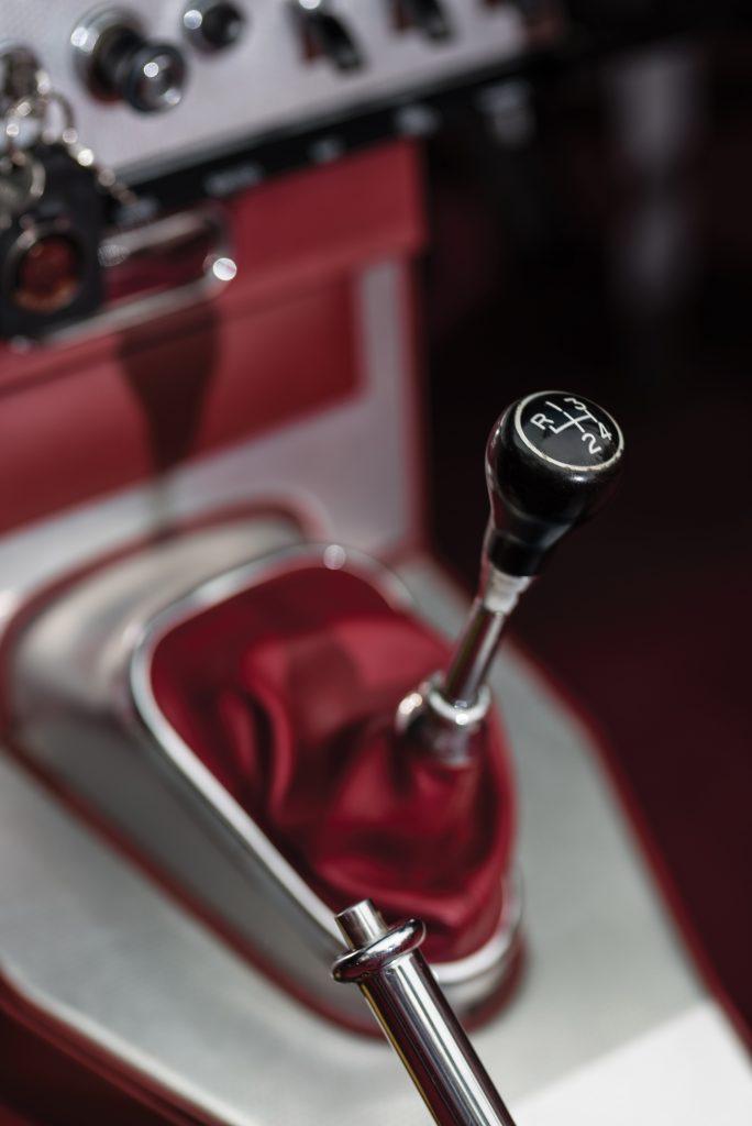 Jaguar E-Type Series 1 gear lever