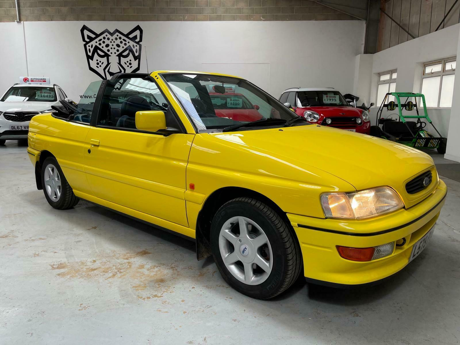 This Ford Escort Cabrio is served sunny side up