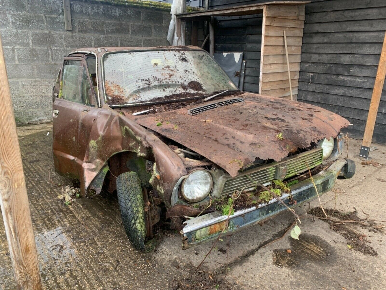 This rare Honda Civic barn find could save another
