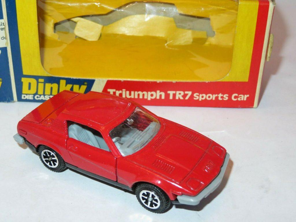 Dinky Toys no 211 Triumph TR7