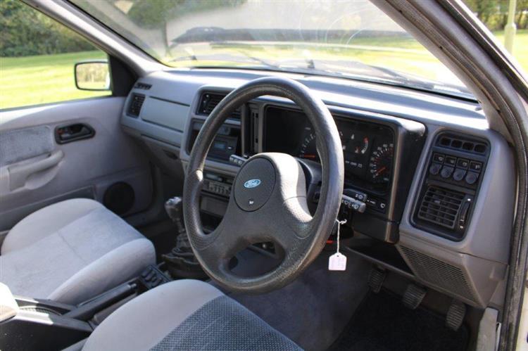 Ford Sierra XR 4x4 interior