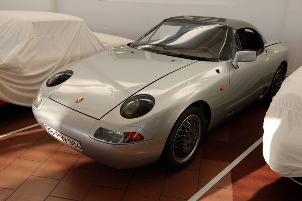 Porsche Type 984