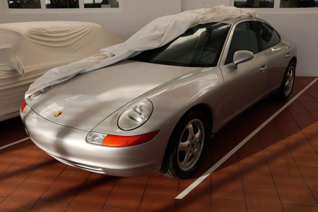 Porsche Type 989
