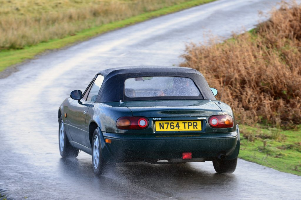 Mazda MX-5 Mk1 roof costs around £300 to replace