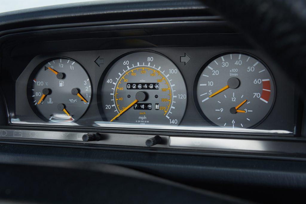 1988 Mercedes-Benz 190E 2.0