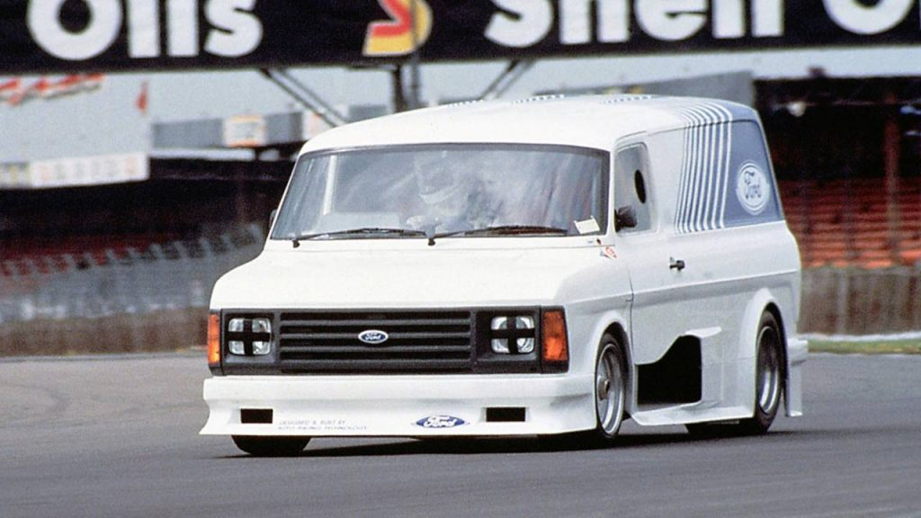 ford-transit-supervan-2
