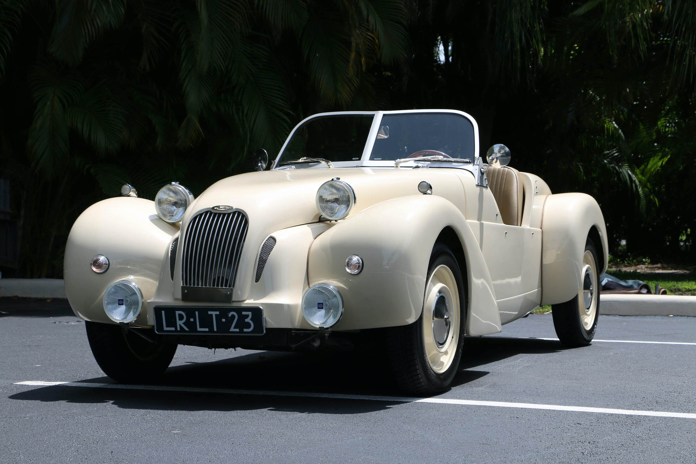 Turn more heads than a supercar with this rare Citroën 2CV Roadster