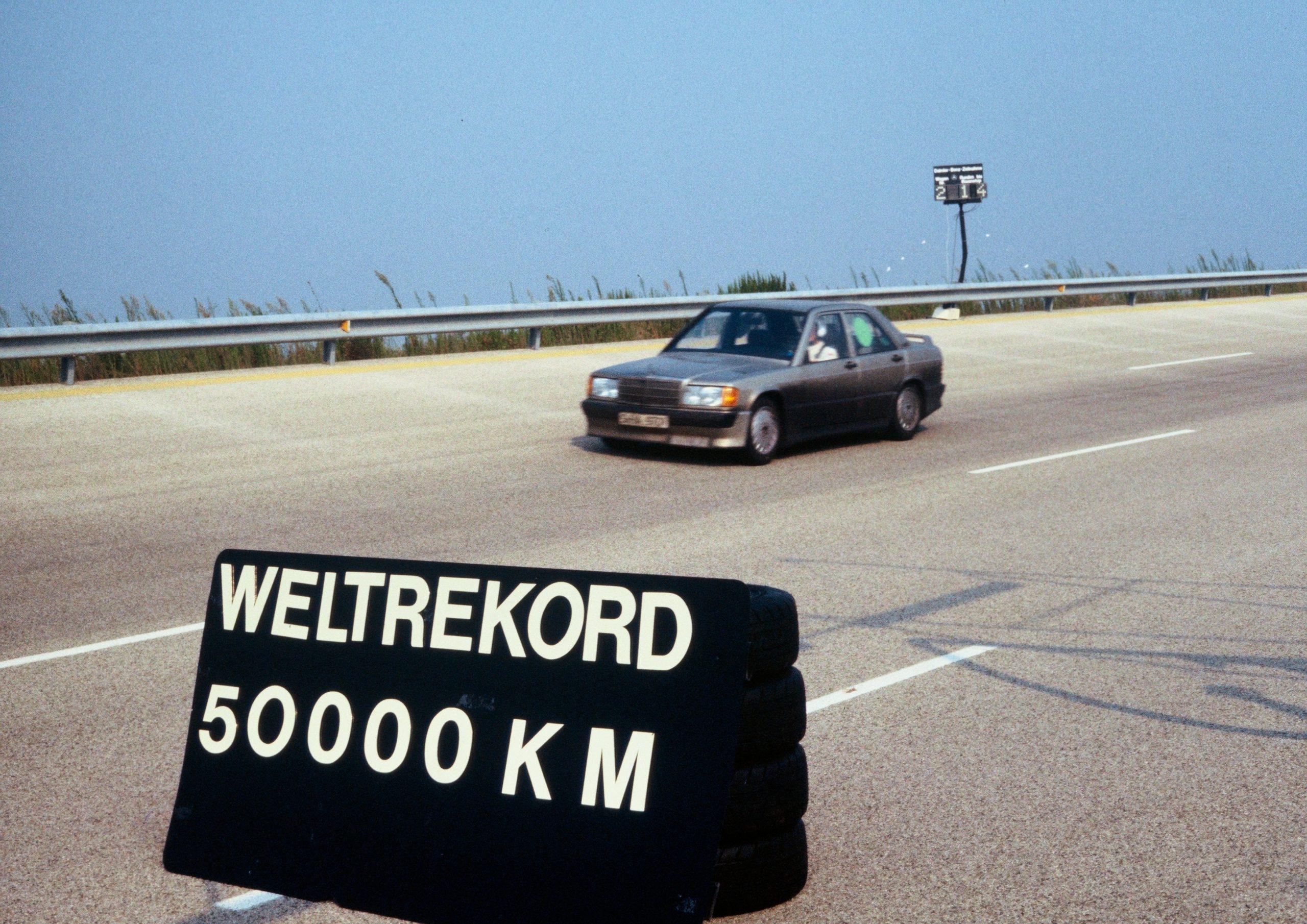 Mercedes 190 E 2.3 16 Nardo record attempt