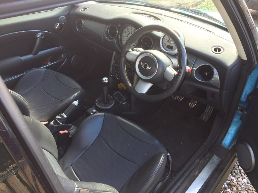 Interior of 2004 Mini Cooper S