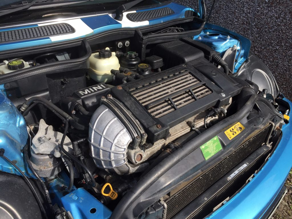 Supercharged engine of 2004 Mini Cooper S