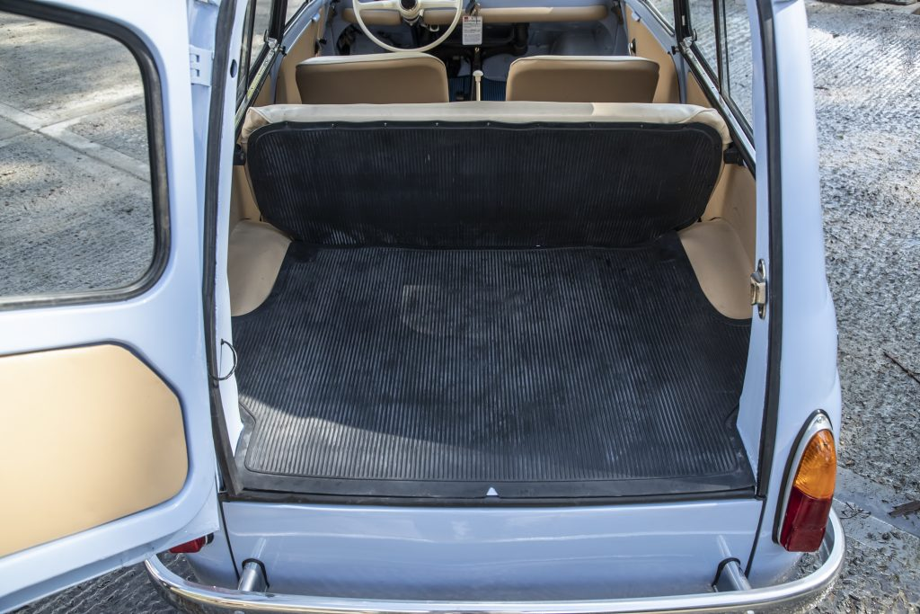 Fiat 500 Giardiniera boot