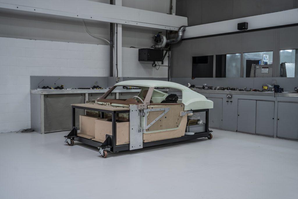 RML Short Wheelbase interior buck