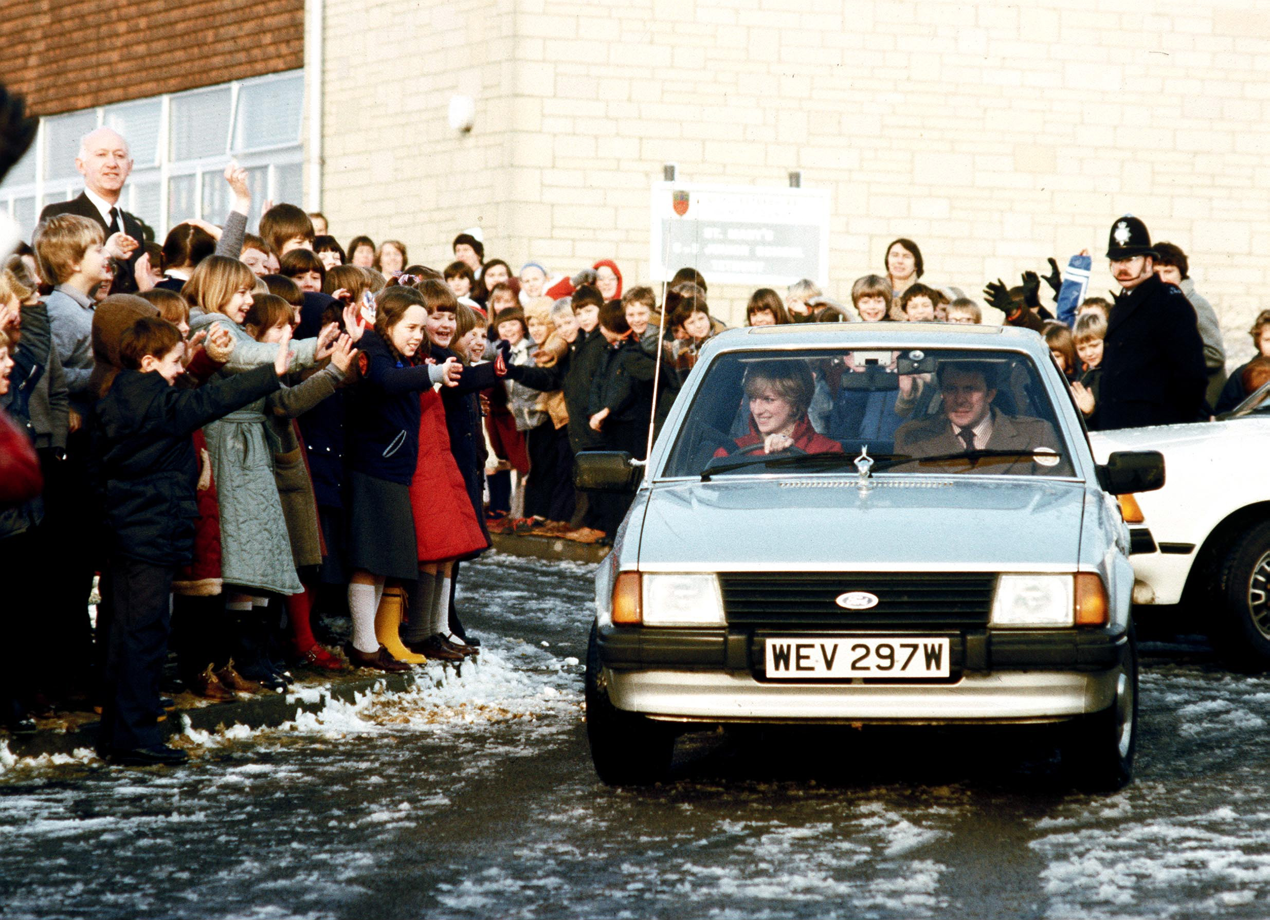 Princess Diana's Ford Escort expected to smash auction records