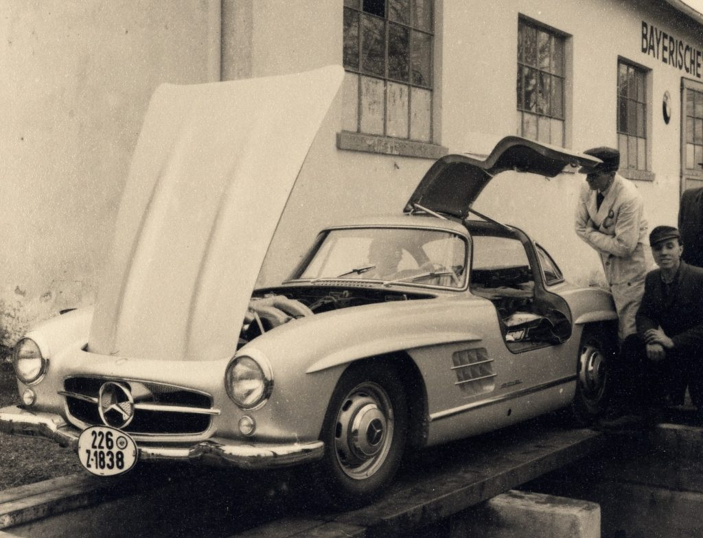 Simon Kidston's father's Mercedes 300 SL Gullwing at the Nurburgring in 1955