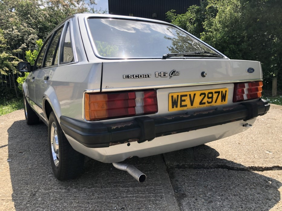 Princess Diana Ford Escort sold for £47000