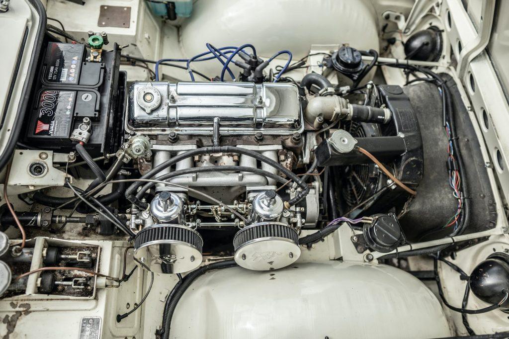 Triumph TR4 engine