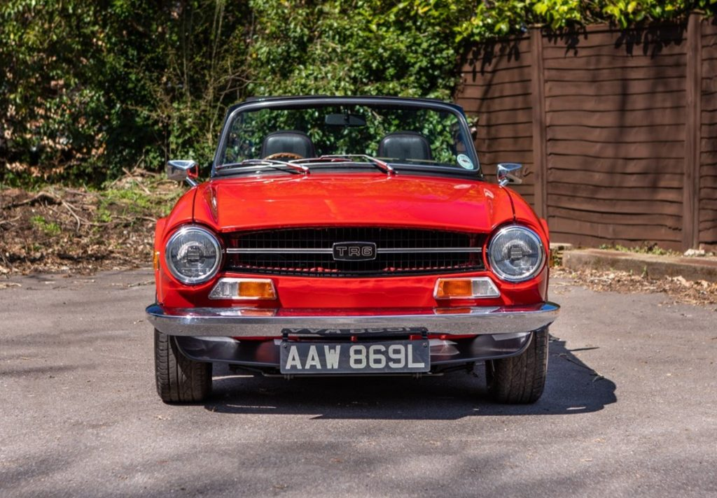What's a Triumph TR6 like to drive?