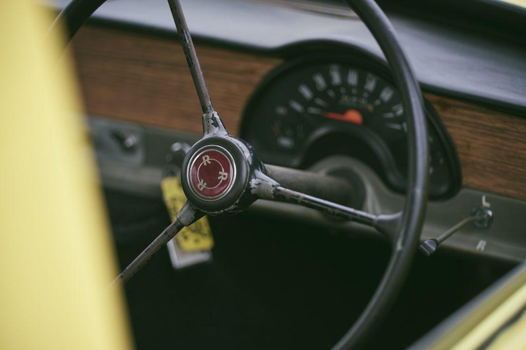 Reliant regal steering wheel and speedo