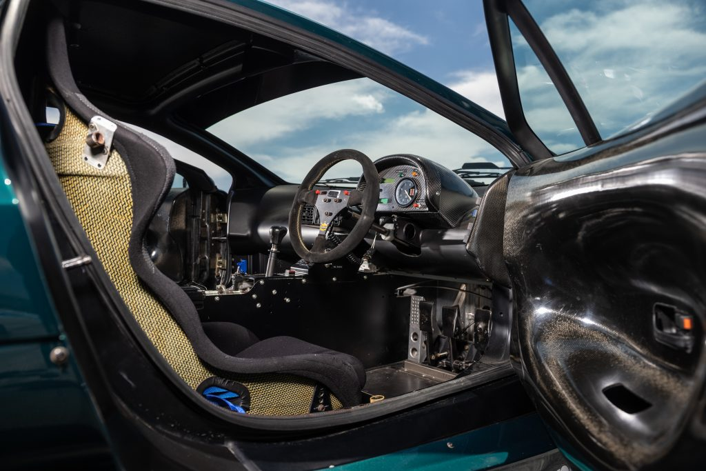 Jaguar XJ220 C Le Mans car interior