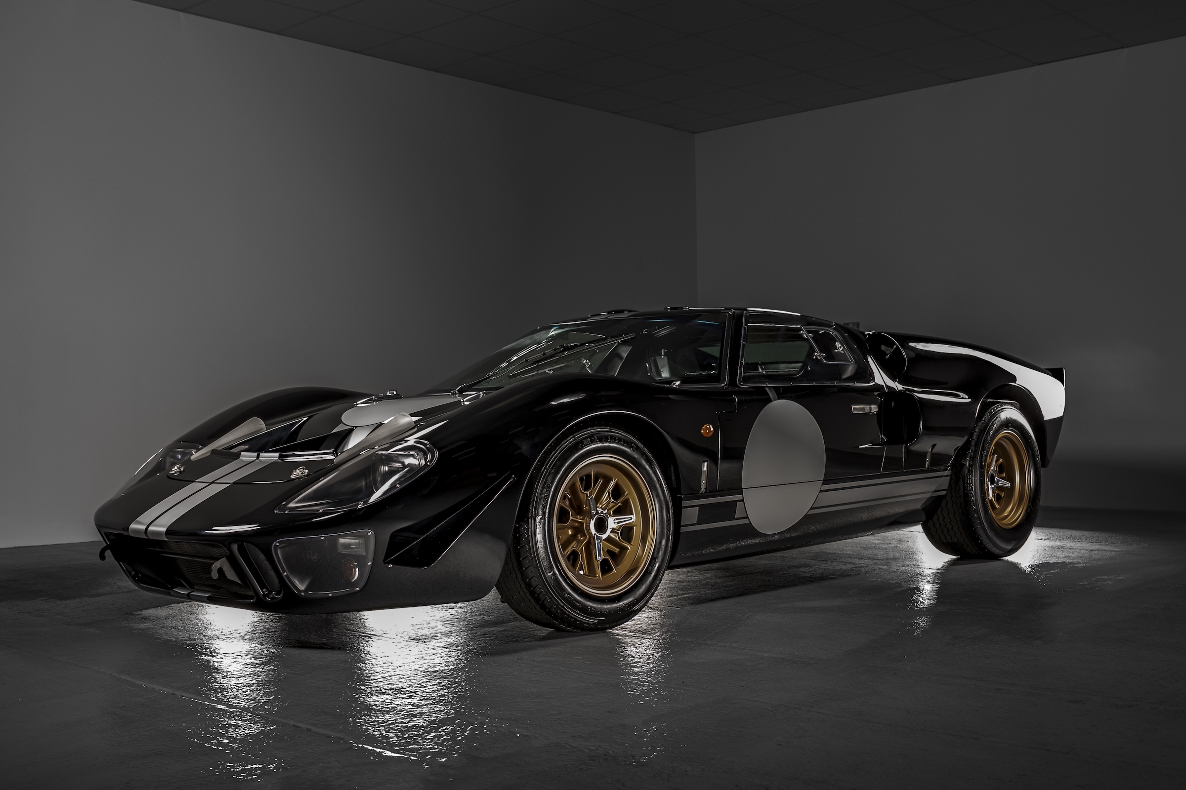 Electric GT40 on the way as Everrati pairs with Superformance