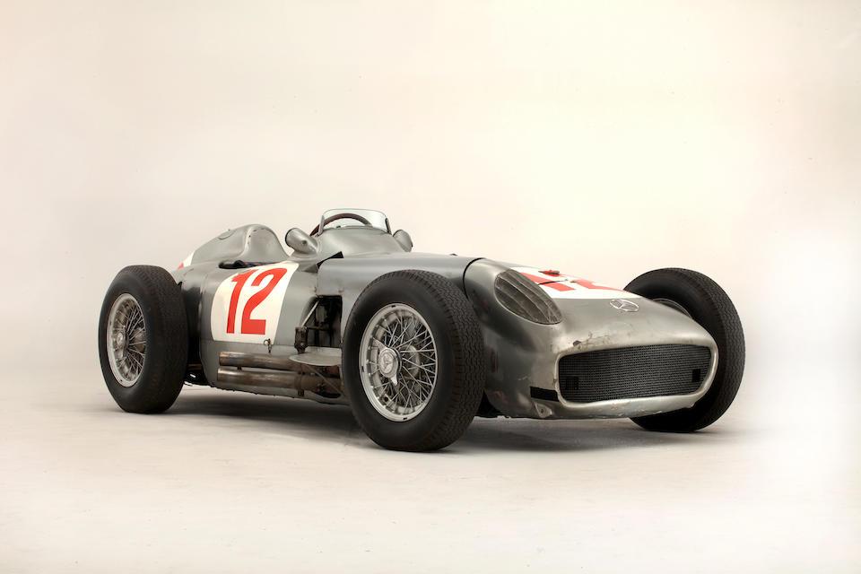 Fangio Grand Prix car sets record sale