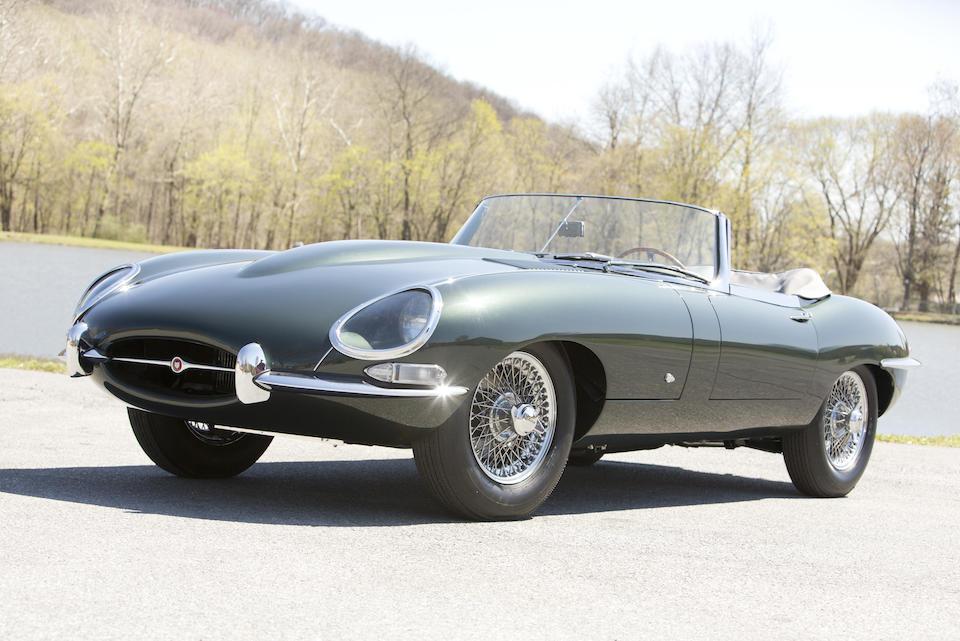 Jaguar E-Type – outside bonnet lock