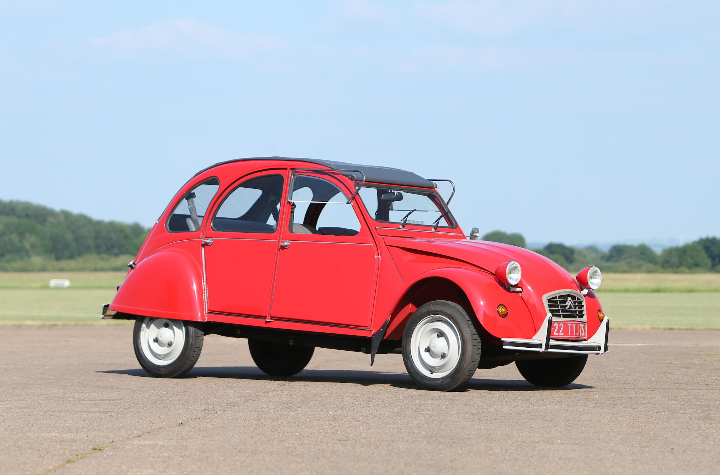 Bought on a whim: 234-mile Citroën 2CV goes to auction for £25,000