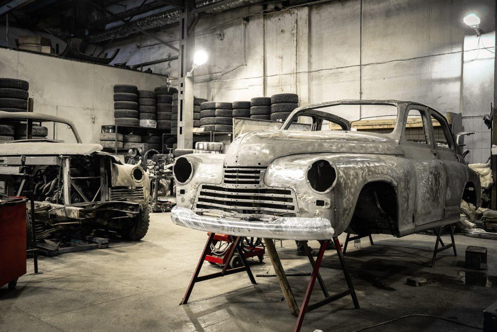 Deciding when to restore a car