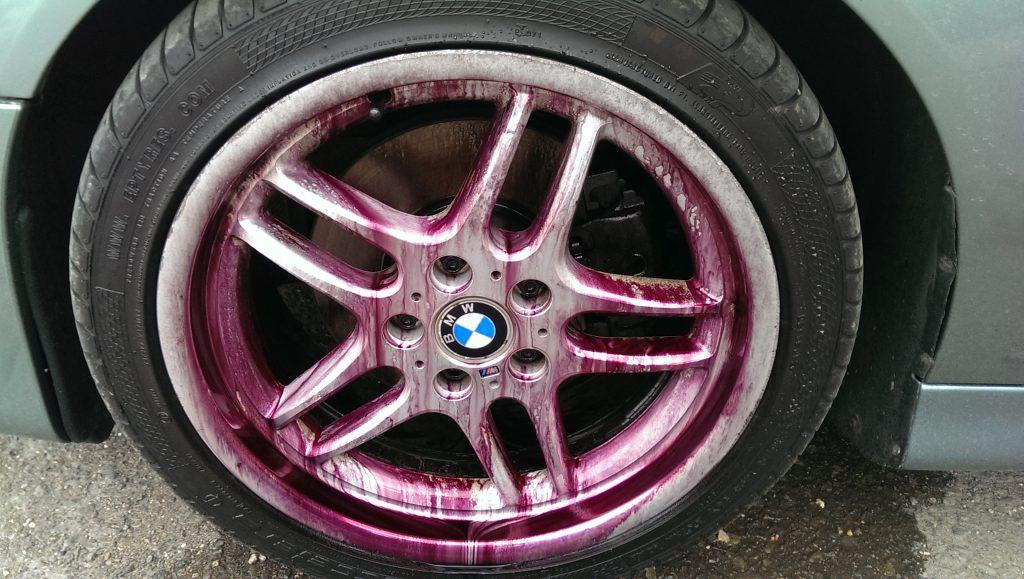 Kenotek wheel cleaner