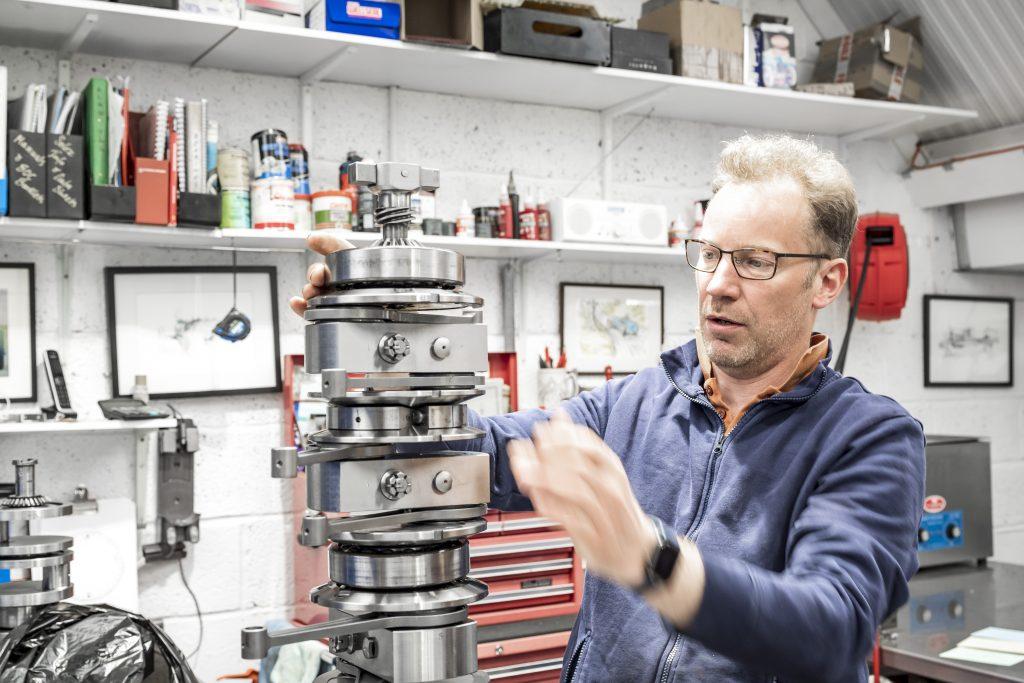 Bugatti engine rebuild