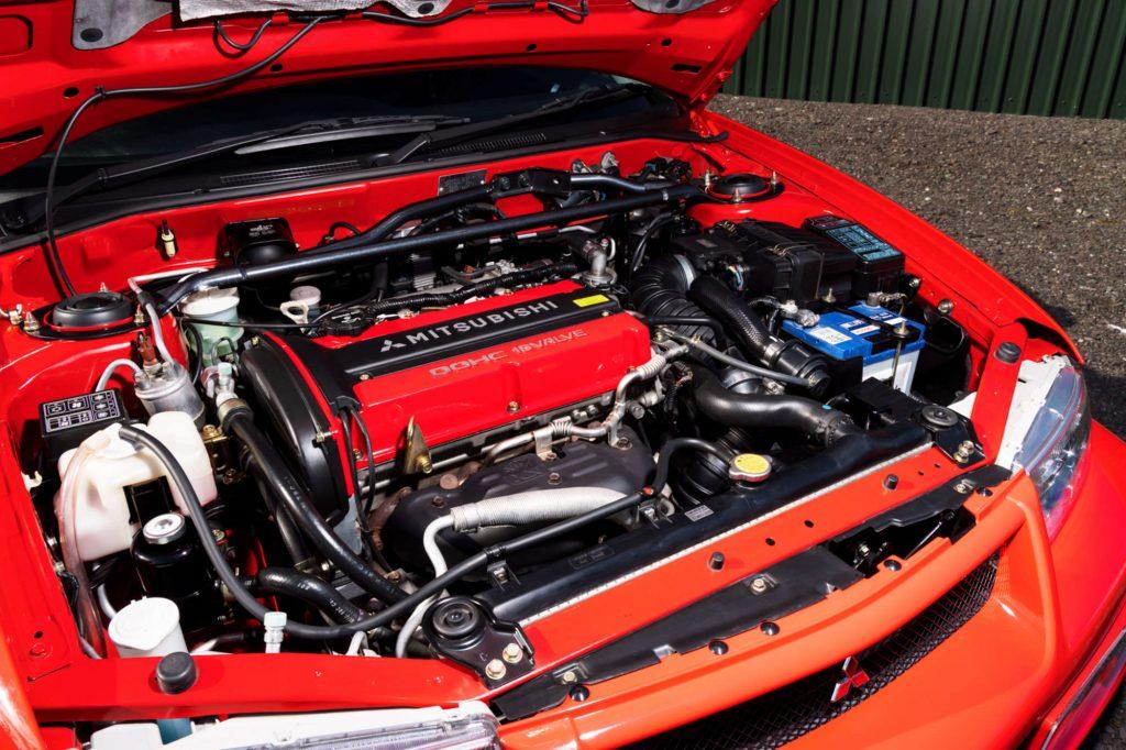 Mitsubishi Lancer EVO VI Tommi Makinen Edition engine