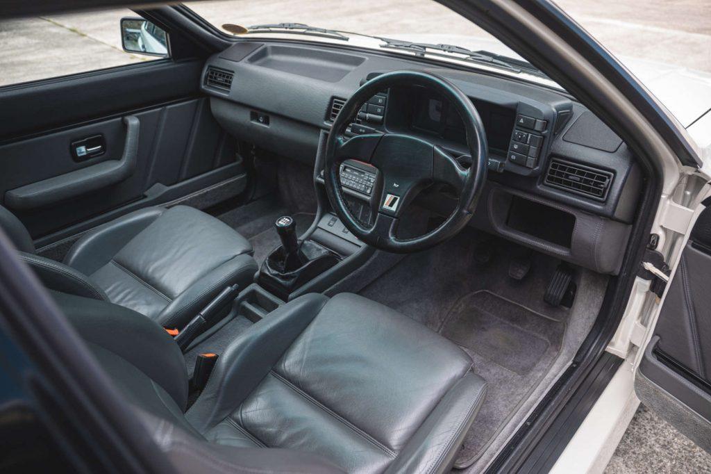 Audi Quattro 20v interior