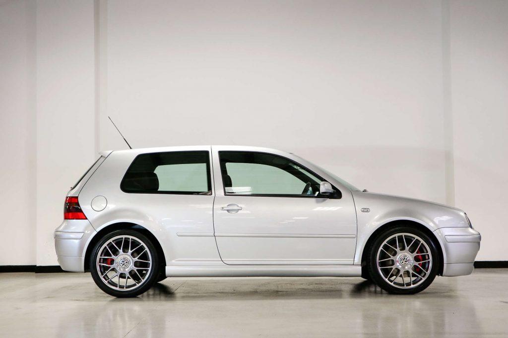 VW Golf GTI 25 Anniversary profile view