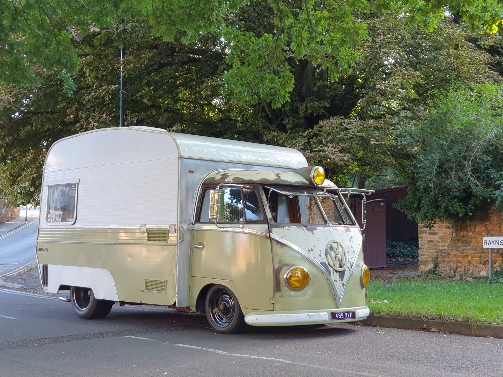 Your classics: The Thompsons and their 1961 Volkswagen T2 split screen 'snail'