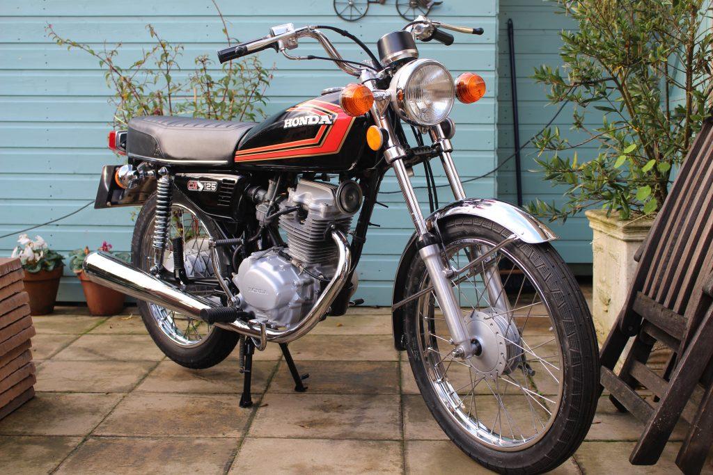 Honda CG125_Vintage Japanse Motorcycle Club
