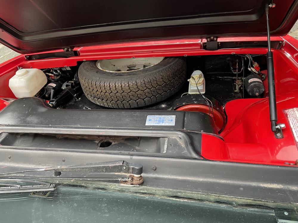 Spare wheel in the nose of Lotus Esprit
