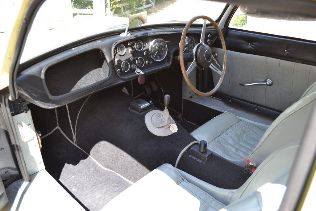 1959 Peerless GT II dashboard