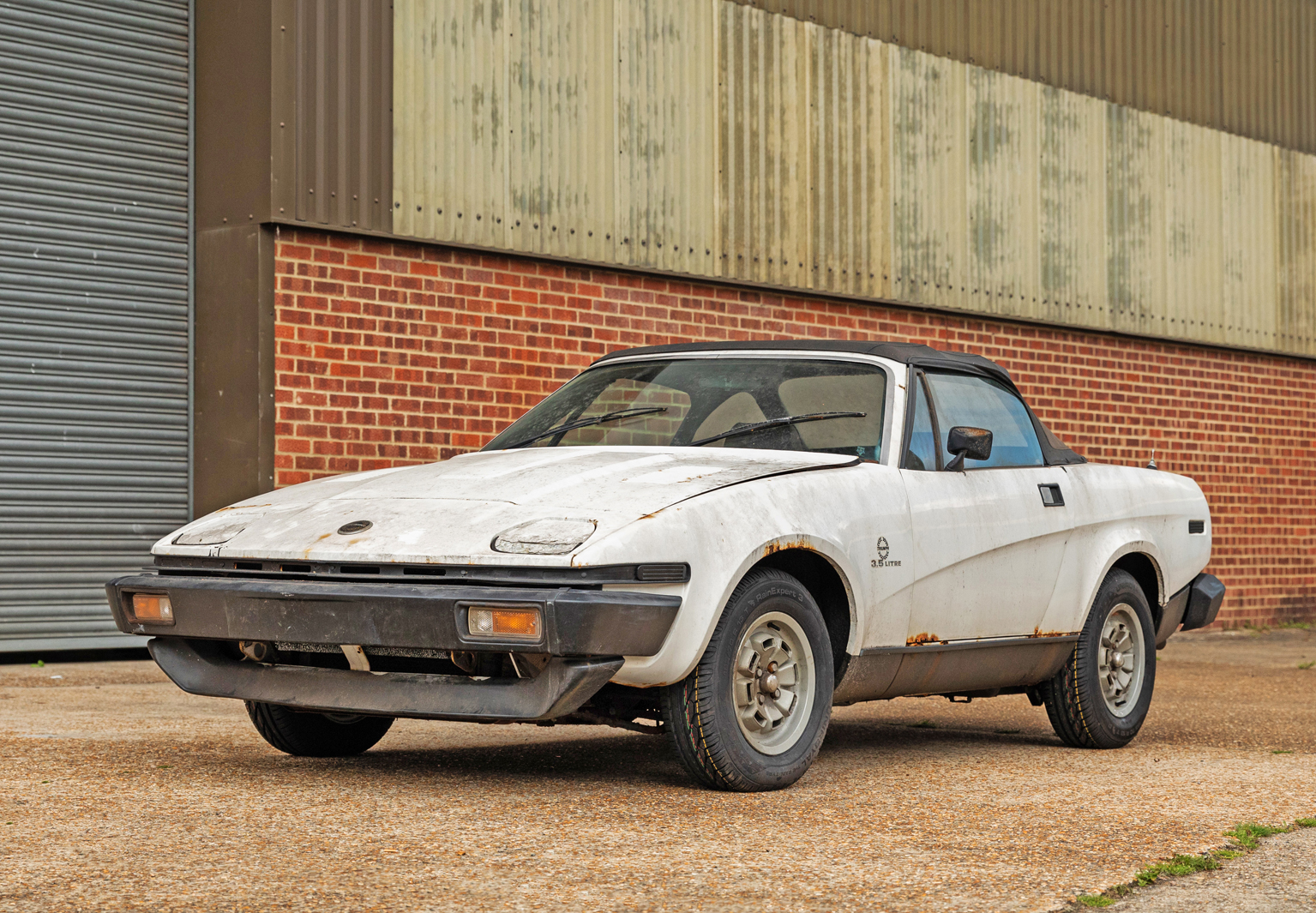 Buy, restore and drive this 73-mile barn find Triumph TR8