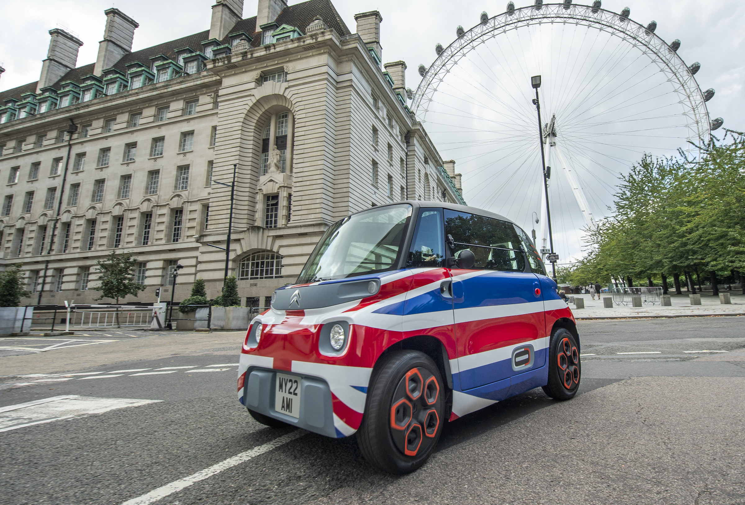 Ami, to you: French micro-EV coming to the UK in 2022