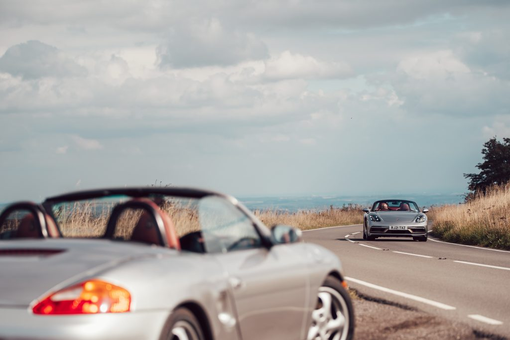 Driving the original 986 Boxster and latest 2021 Boxster 25