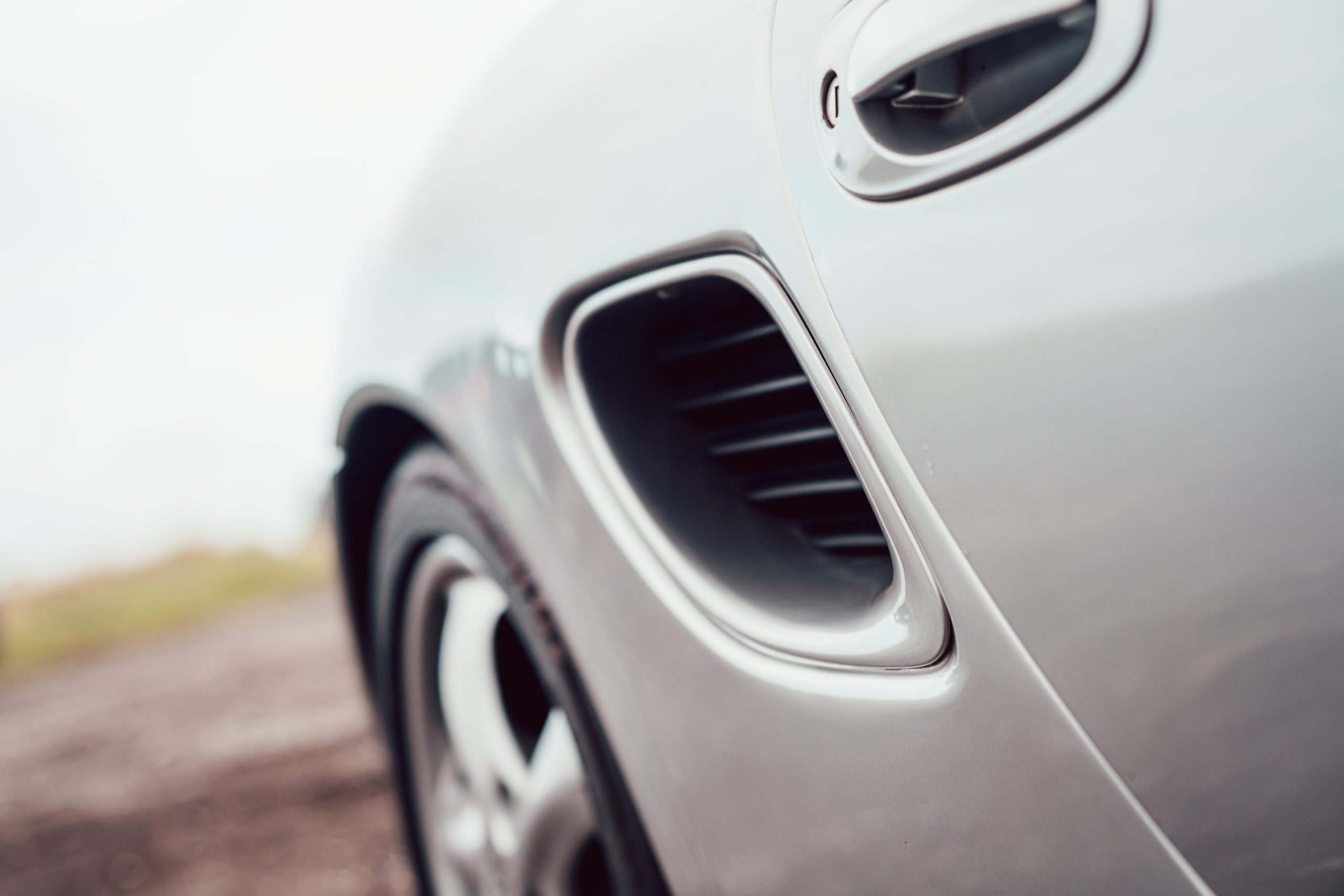 Porsche Boxster 986 engine air intake
