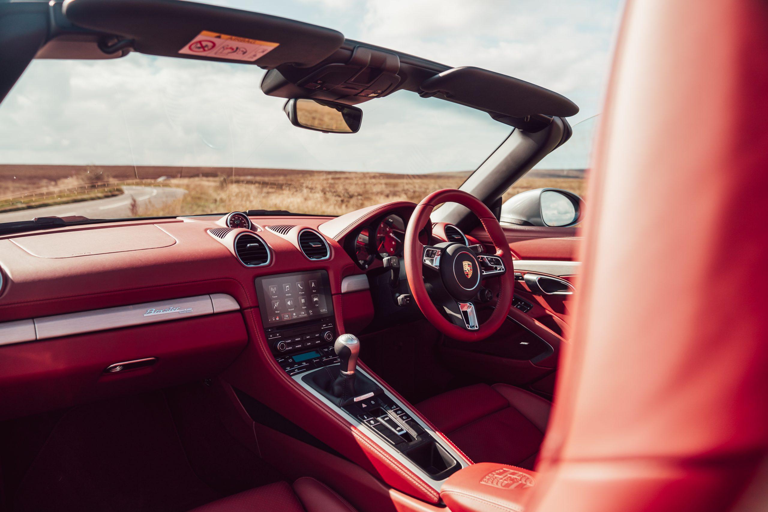 2021 Porsche Boxster 25 cabin